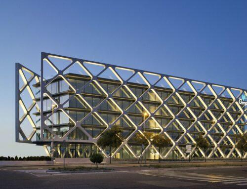 OXXEO BUILDING BY RAFAEL DE LA-HOZ ARQUITECTOS